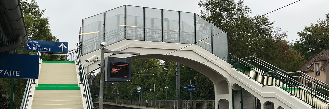 Régénération de la passerelle de l'Etang la Ville SNCF